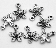 10 x Antique Silver Easter Lily Flower Head Charm Pendants